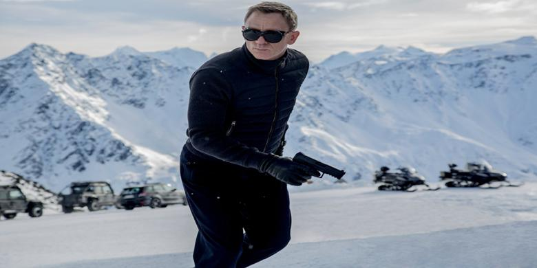 "James Bond Tuntaskan Dendam di ""Spectre"","
